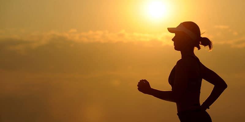 correr y meditar sadhaka space
